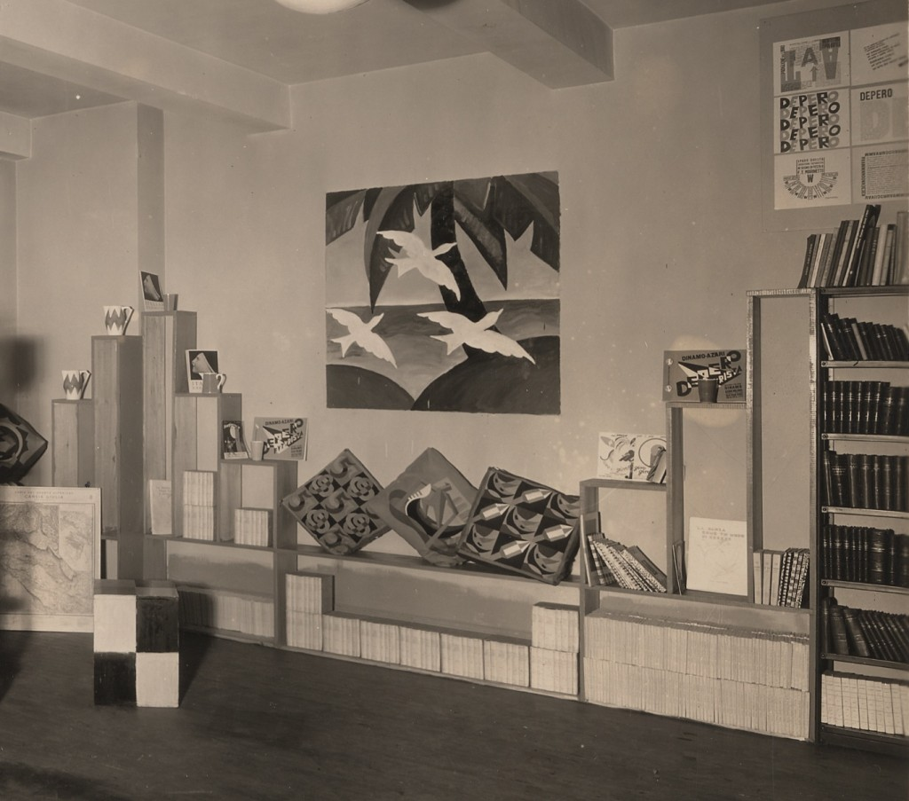 Fig 6: An installation view of the Exhibition of the Italian Book at Arnold-Constable & Co, New York, March 15-30, 1929. Photo by Frederick Bradley. Photo courtesy of MART.