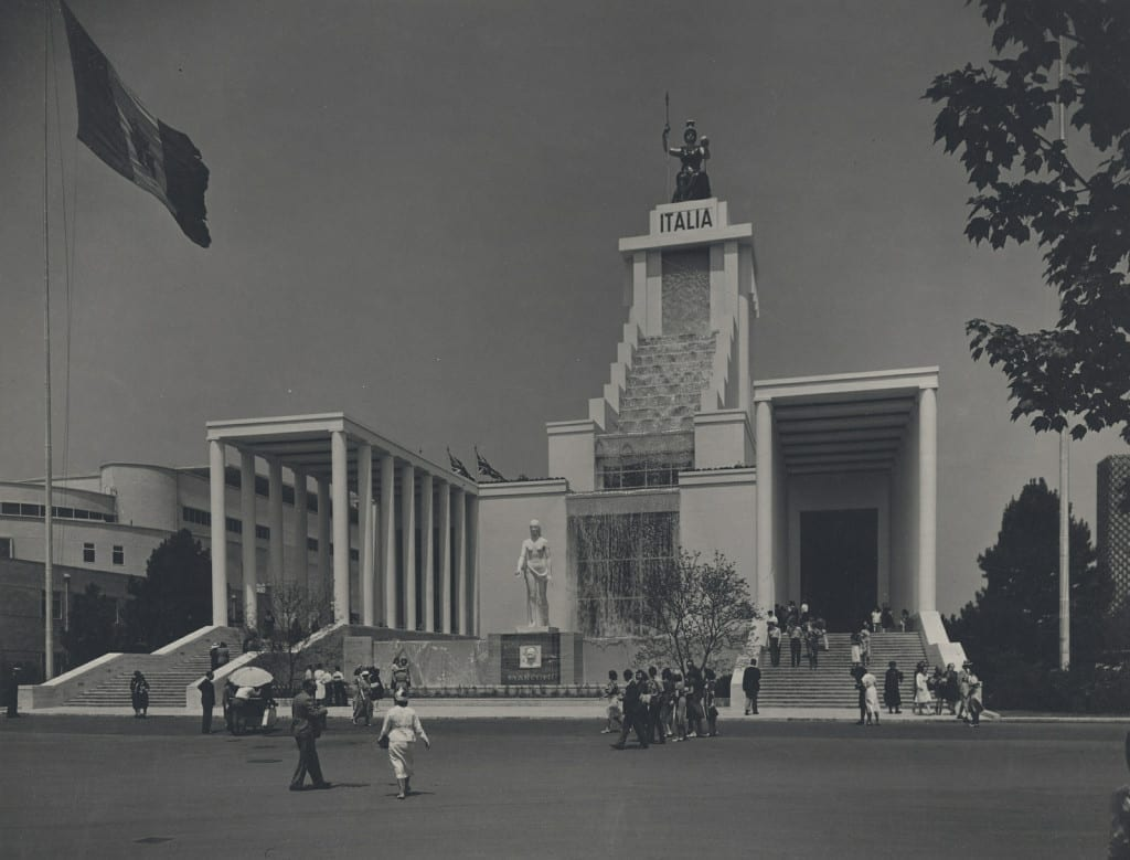 8. The Italian Pavilion at the New York World's Fair 1939-40 (Fay S. Lincoln Photograph collection, 1920-1968, HCLA 1628, Special Collections Library, University Libraries, Pennsylvania State University