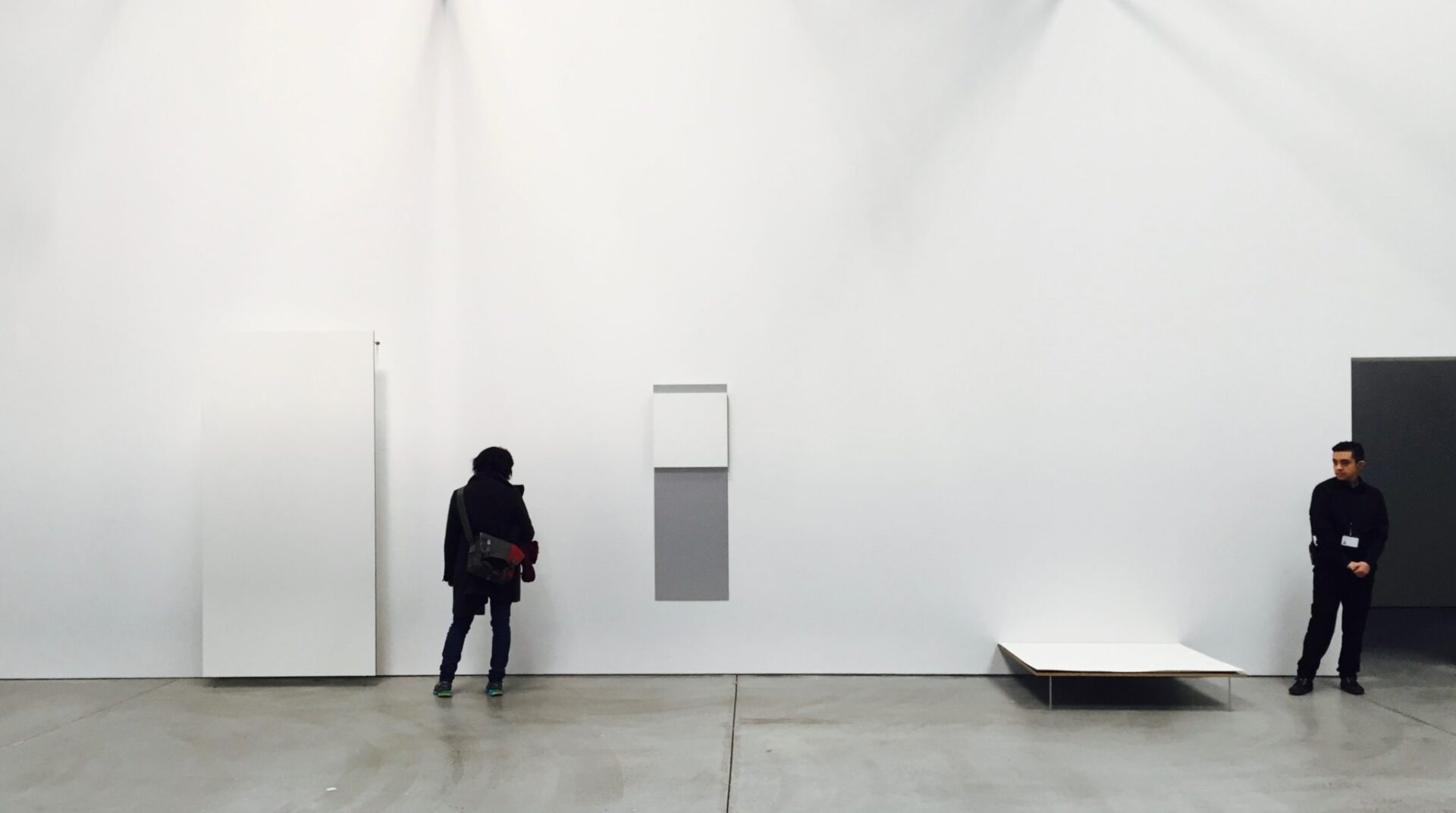 Robert Ryman. Gallery 2, installation view of the north wall. This selection of works ranging from 1983 to 2002 focuses on Ryman's dramatization of the relation between painting and gallery wall.
