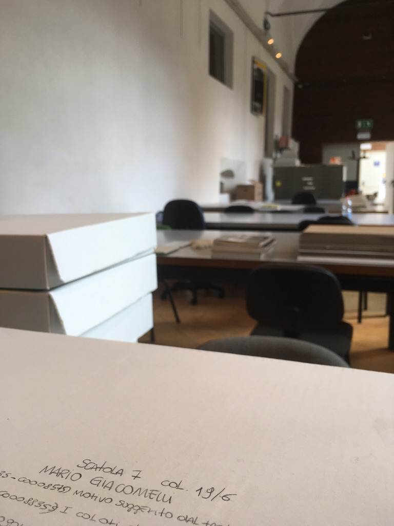 5 CSAC consultation room and Mario Giacomelli's archival files